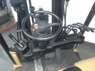 Four wheel counterbalanced forklift Caterpillar EP25K-PAC - 6