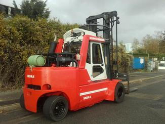 Four wheel counterbalanced forklift Mora M100C - 5