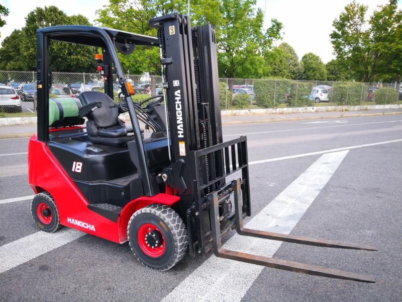 Four wheel counterbalanced forklift Hangcha XF18G - 1