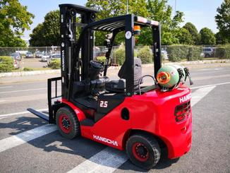 Four wheel counterbalanced forklift Hangcha XF25G - 4