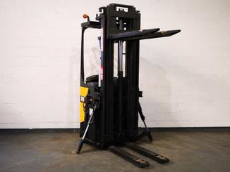 Stand-on pallet stacker Caterpillar NSR20N - 2