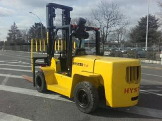 Four wheel counterbalanced forklift Hyster H7.00XL - 5