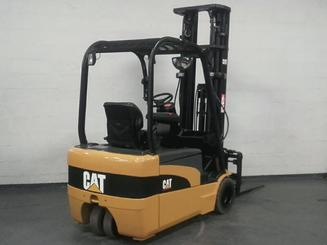 Three wheel counterbalanced forklift Caterpillar EP20NT - 4