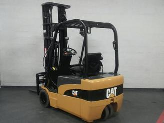 Three wheel counterbalanced forklift Caterpillar EP20NT - 5