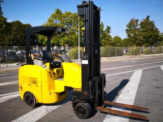 Articulated forklift Narrow Aisle Flexi GAS - 1