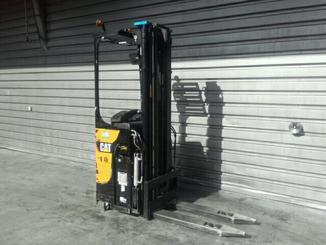 Stand-on pallet stacker Caterpillar NSR16N - 2