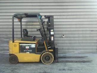 Four wheel counterbalanced forklift Caterpillar EP25K-PAC - 3