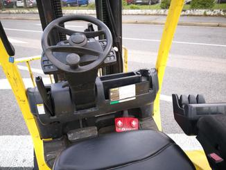 Four wheel counterbalanced forklift Hyster H1.8FT - 3