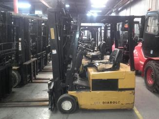 Three wheel front forklift Yale ERP16 ATF - 1
