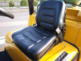 Four wheel counterbalanced forklift Caterpillar GC70KY-LP - 5