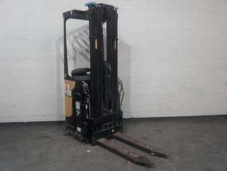 Pallet stacker with rider platform Caterpillar NSR16N - 4