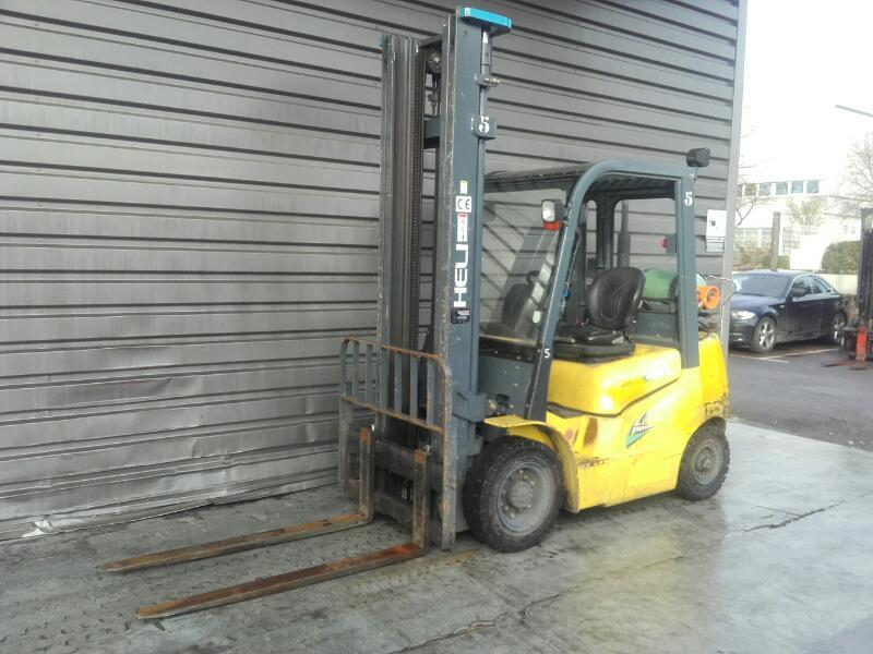 Four wheel counterbalanced forklift Heli CPYD25 - 1
