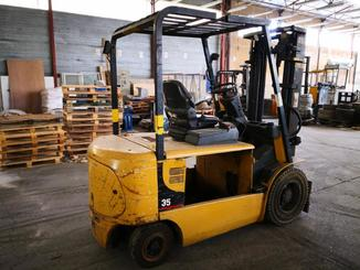 Four wheel counterbalanced forklift Caterpillar EP35K - 1