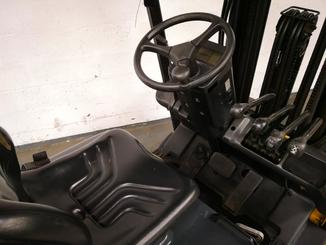 Three wheel counterbalanced forklift Caterpillar EP16NT - 6