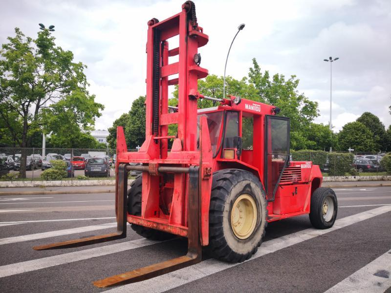 All-terrain forklift Manitou MC120 - 1