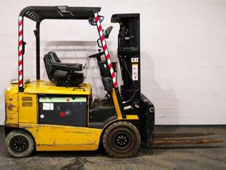 Four wheel counterbalanced forklift Caterpillar EP25K-PAC - 8
