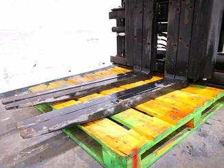 Single/multi fork 2 pallet handler Caterpillar 4000 - 4