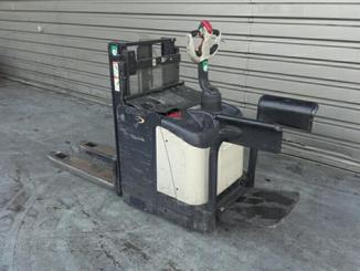 Low level order picker Crown WD2330S - 2