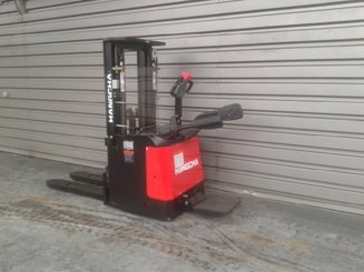 Stacker truck with folding platform Hangcha CDD16 ES - 1
