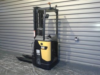 Pallet stacker with rider platform Caterpillar NSR16N - 2
