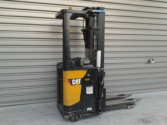 Pallet stacker with rider platform Caterpillar NSR20N - 2