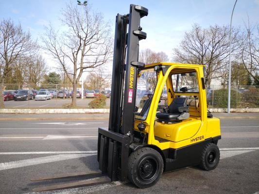 Four wheel front forklift Hyster H3.00FT - 1