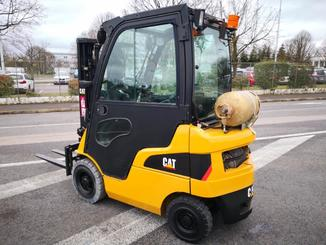 Four wheel counterbalanced forklift Caterpillar GP15N - 2