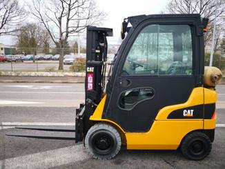Four wheel counterbalanced forklift Caterpillar GP15N - 3