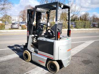 Four wheel counterbalanced forklift Nissan FPO1R15U - 4