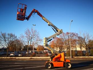 Articulated boom lift JLG M400AJP - 2