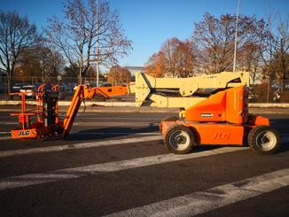 Articulated boom lift JLG M400AJP - 1