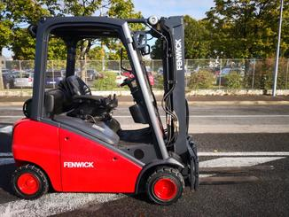 Four wheel counterbalanced forklift Fenwick H20T - 3