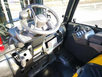 Four wheel counterbalanced forklift Yale GDP55VX - 5