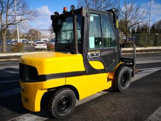 Four wheel counterbalanced forklift Yale GDP55VX - 3