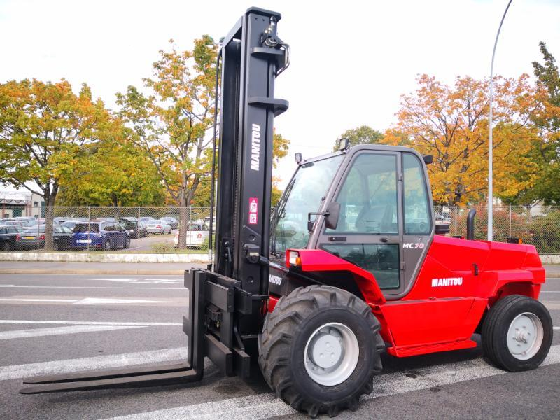 All-terrain forklift Manitou MC70 T POWERSHIFT - 1