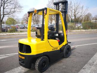 Four wheel counterbalanced forklift Hyster H3.00FT - 4