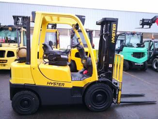 Four wheel counterbalanced forklift Hyster H2.5FT - 2