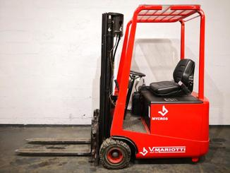 Three wheel counterbalanced forklift Mariotti MYCROS 15 - 2