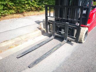 Three wheel front forklift Hangcha A3W20 - 6