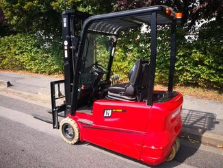 Three wheel front forklift Hangcha A3W20 - 4