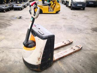 Pedestrian pallet truck Crown WP2315 - 1