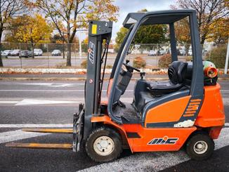 Four wheel counterbalanced forklift MIC CL20H - 2