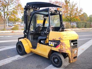 Four wheel counterbalanced forklift Caterpillar DP45N - 10