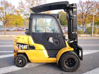 Four wheel counterbalanced forklift Caterpillar DP45N - 3