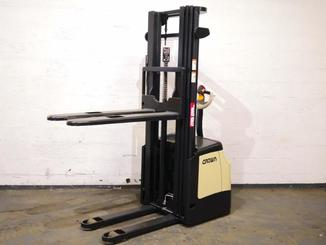 Pedestrian pallet stacker Crown ES4000 1.2 TT - 6