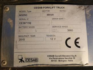 Four wheel counterbalanced forklift CESAB M325D - 5