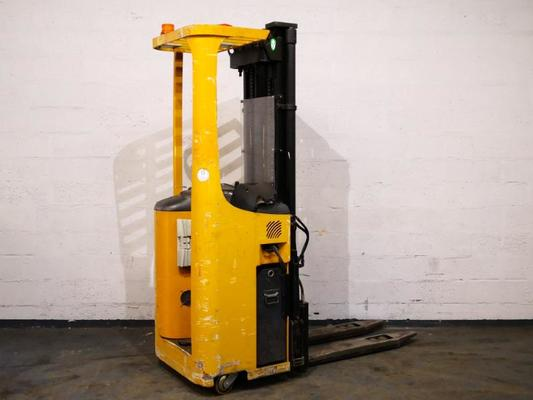 Stand-on pallet stacker Caterpillar NSR16K - 1