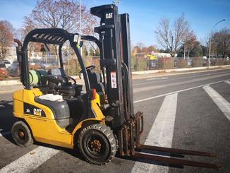 Four wheel front forklift Caterpillar GP20N - 1