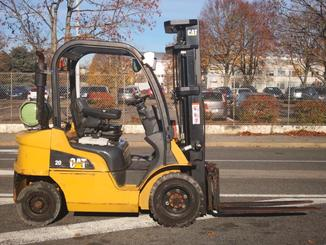 Four wheel front forklift Caterpillar GP20N - 3