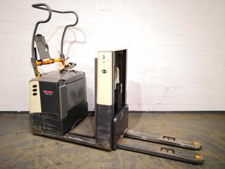Low level order picker Crown GPC3045 - 7